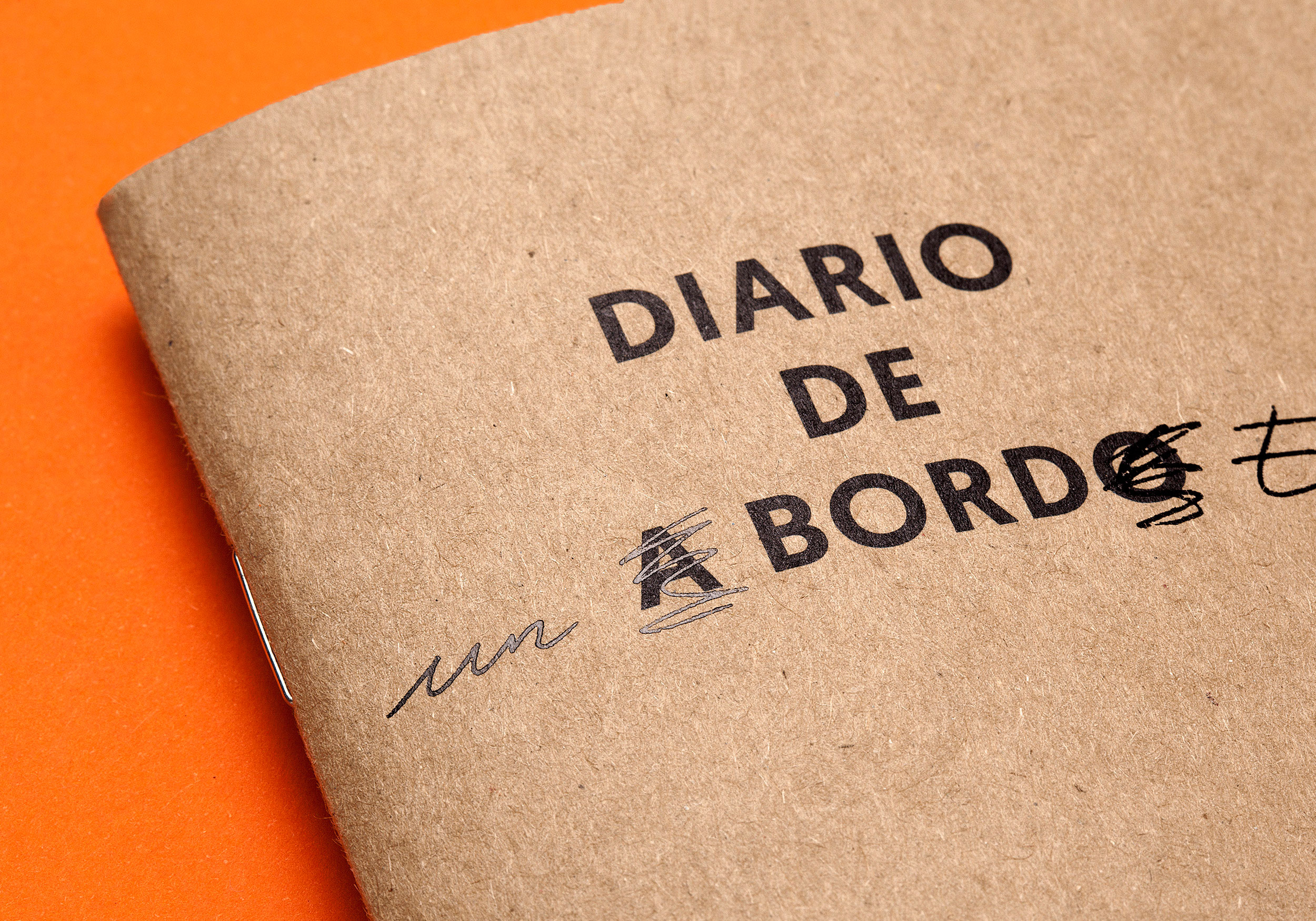 Cover Diario de a bordo with stamping Raw Notebooks