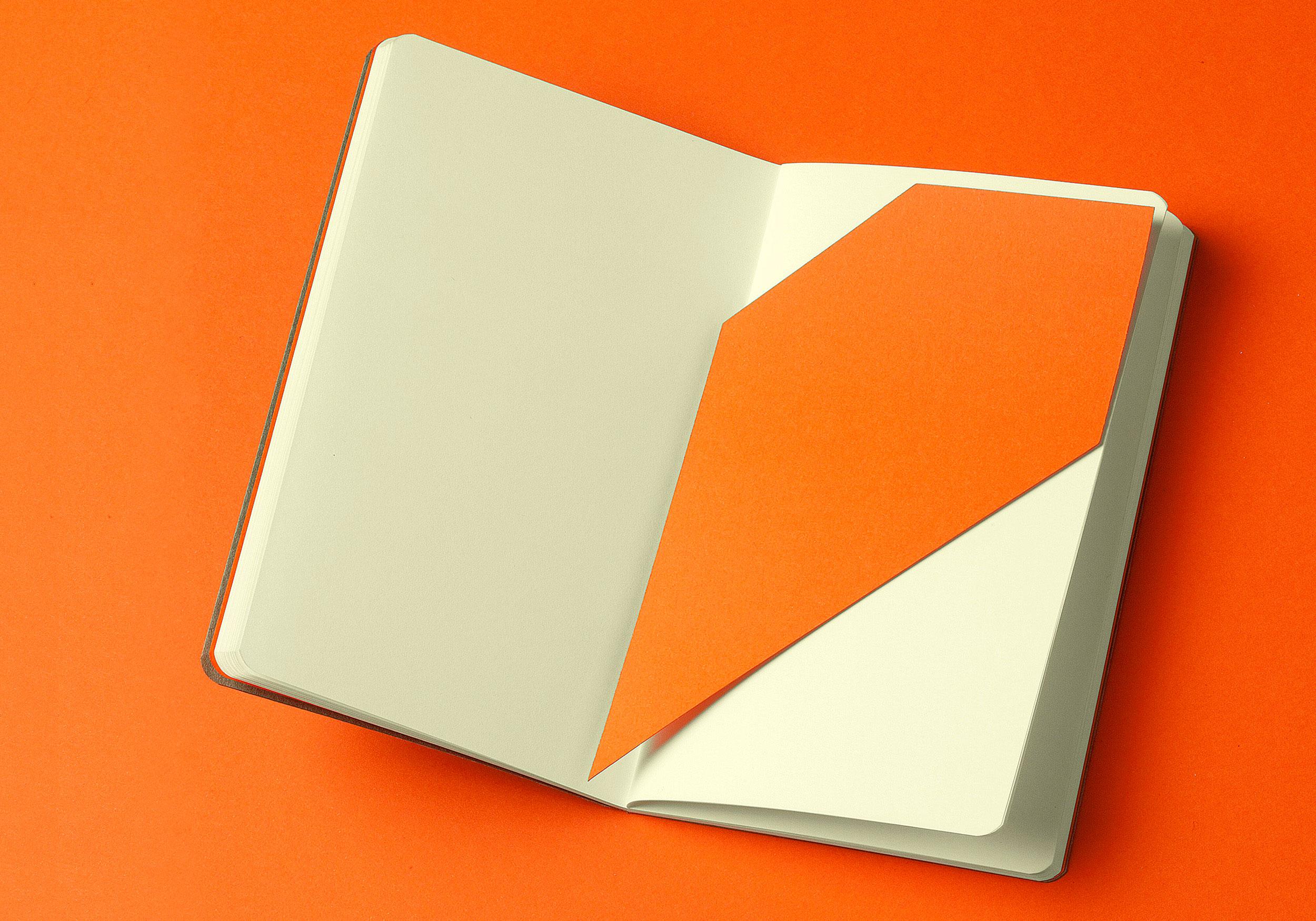 Bookmark o marcapáginas Raw Notebook