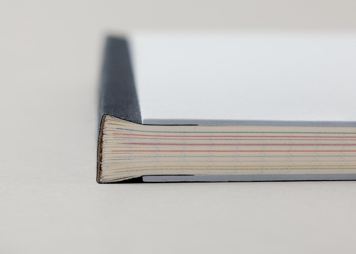 Spine quarter bookbinding